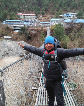 Best trekking guide in Nepal