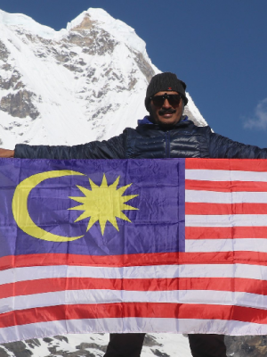 Malaysian tour agent for Nepal trip