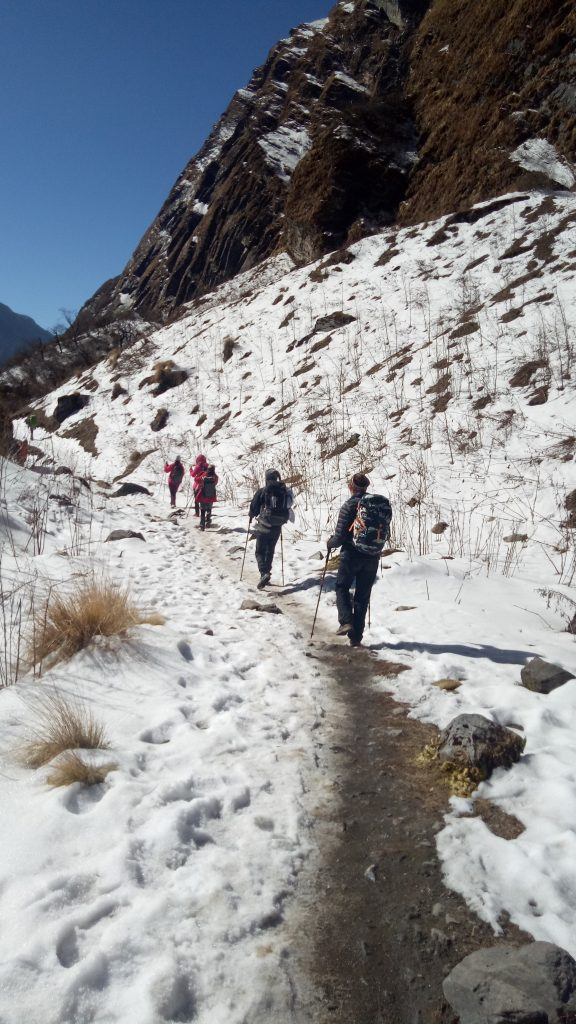 Chola-Pass-EBC-trek-with-Ama-Dablam