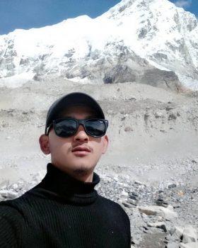 Trekking guide in nepal-shiva thapa magar